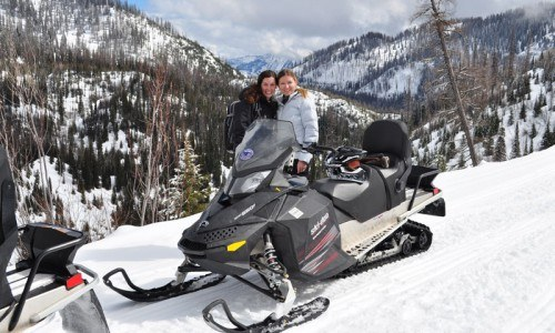 Full Day Snowmobiling Trip